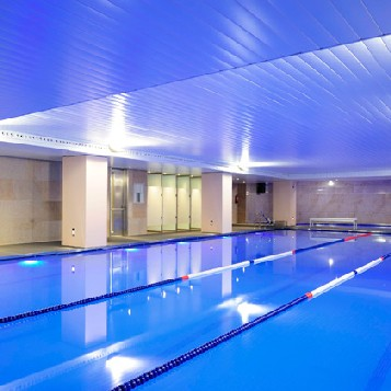 Nuevo gimnasio femenino en madrid for Gimnasios madrid con piscina