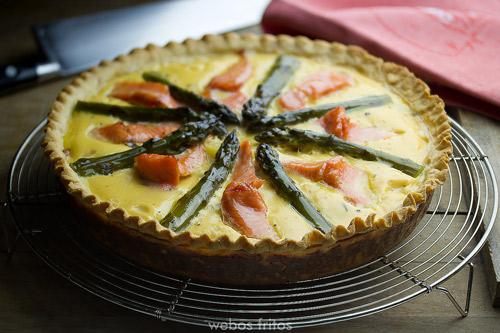 tarta salmón y espárragos