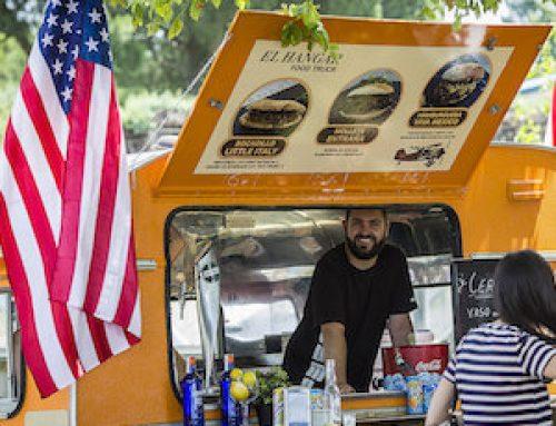 Fiesta americana en julio en Moraleja Green