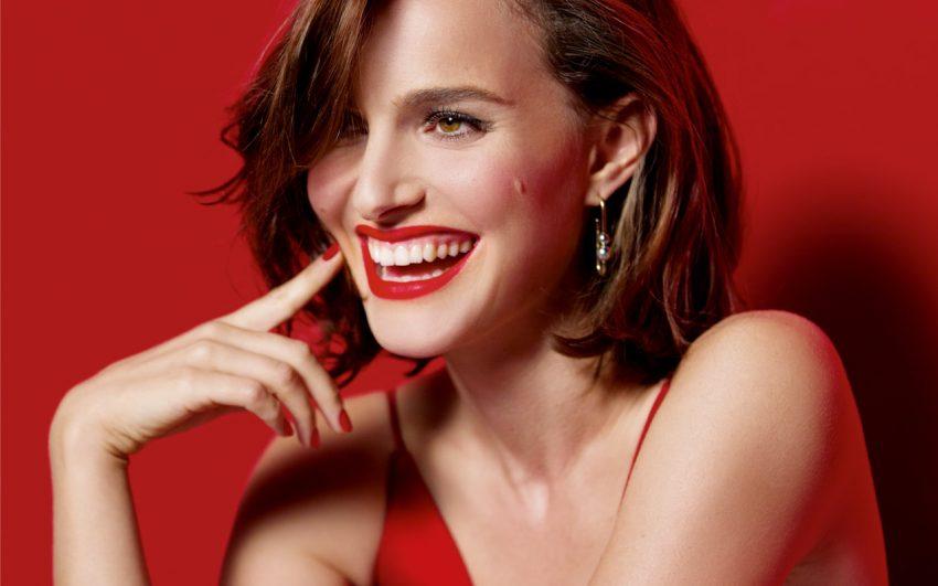 Natalie Portman Dior Rouge lipstick