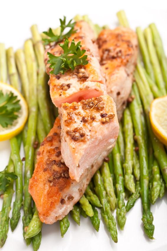 salmon esparragos