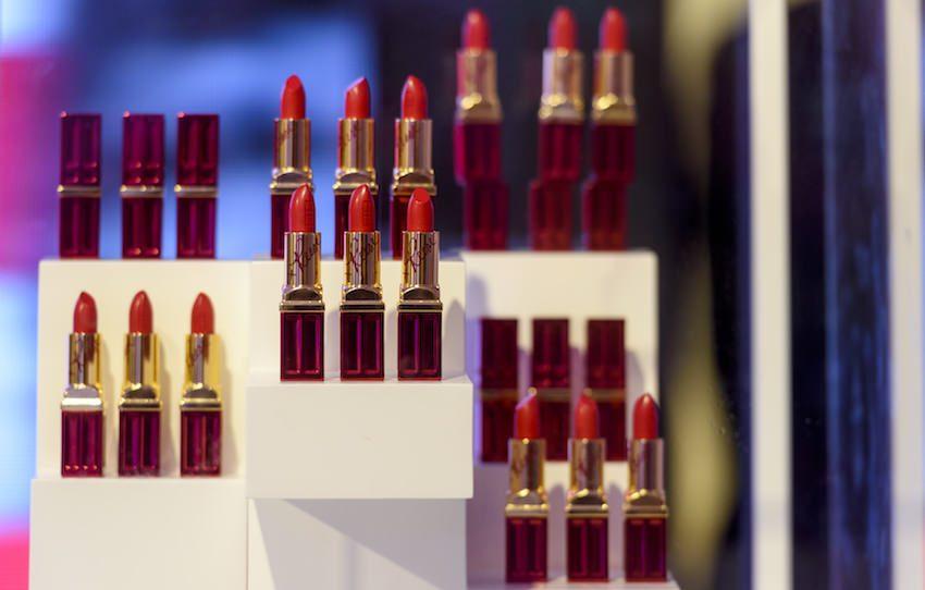 Elizabeth Arden lipstick Red Door Red