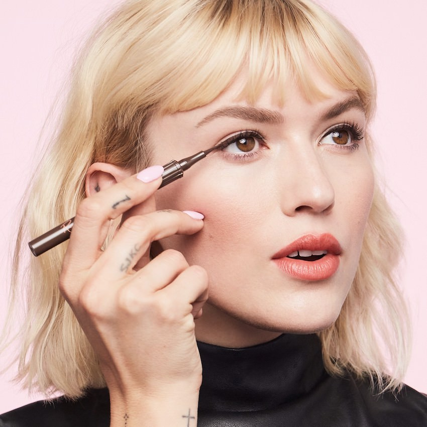 eyeliner líquido de Benefit, Roller Liner