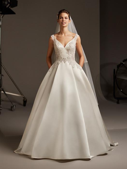Vestido novia raso bordado