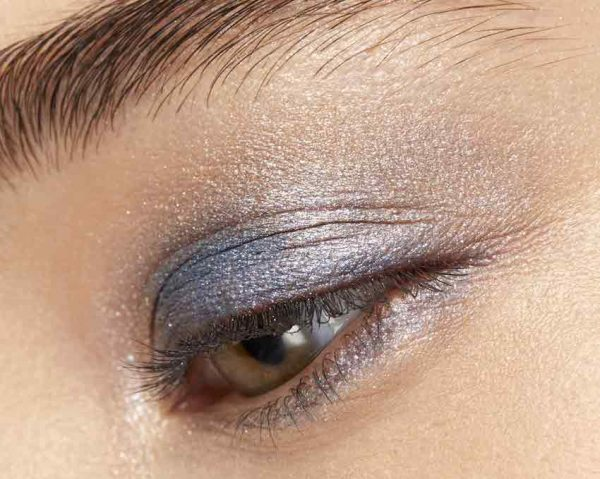maquillaje ojos sombras azules