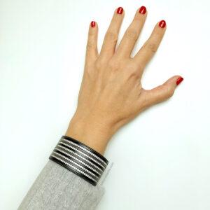 brazalete negro estoyradiante