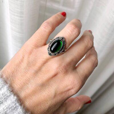 anillo vintage piedra verde